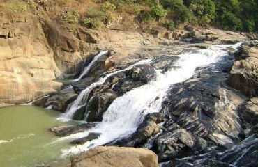 Putudi waterfall