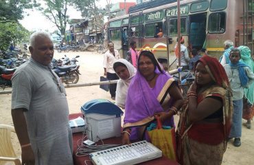 VVPAT and EVM awareness campaign at bus stop of all blocks