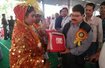 Gift Distribution On Chief Minister Group Wedding Scheme