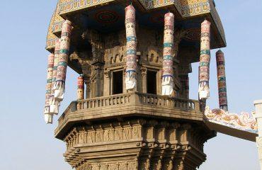 Valluvar Kottam chariot eng