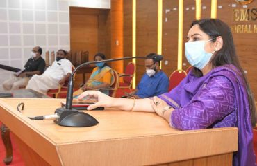 District Collector Dr.Navjot Khosa attented the Meeting with District Planning Committee members.