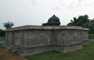 Choleeshwaram, Melpadi - Arinjaya Cholar Pallipadai Temple