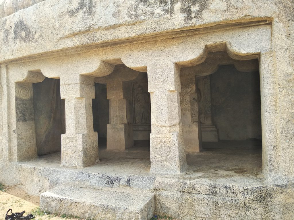 Plillars, Rock cut temple, Mahendhravadi