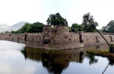 VELLORE FORT1