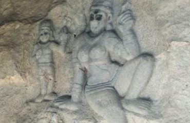 Yakshi Sculture on Rock, Vilappakkam