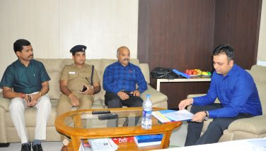 Meeting With Police observer