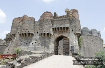 औसाचा ऐतिहासिक किल्ला