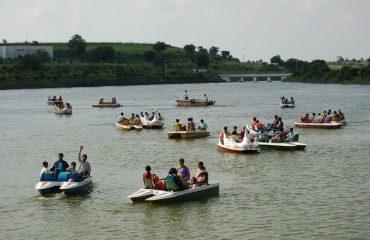 Image of Boating in Vrindavan Park Chakur