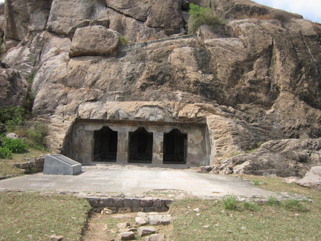 Mamandur_rock_cut_caves.