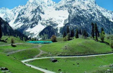 View of Road to Sonamarg