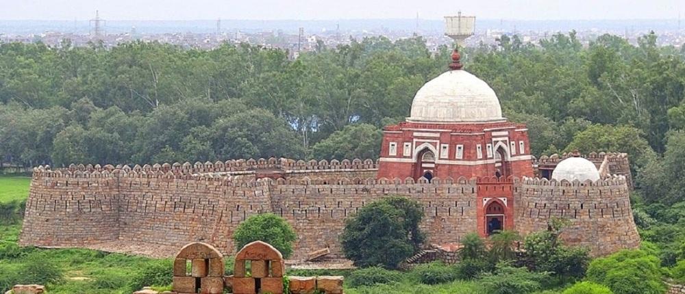 Ghiyasuddin-Tughlaq-Tomb-delhi
