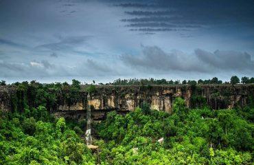 Mendri Gumar Waterfall