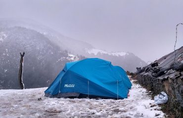 Camping with snow at Nagtibba