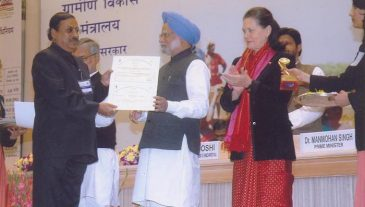 Award for excellance in NREGA 2008-09, Unakoti