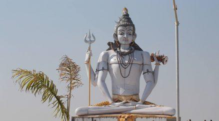 भगवान् शिव की 60 फीट ऊंची मूर्ति