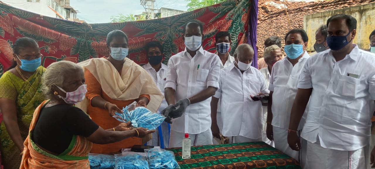 District Collector launched Priceless Mask Distribution 05/08/2020
