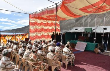jawans watching the HPM's VC from Pangong