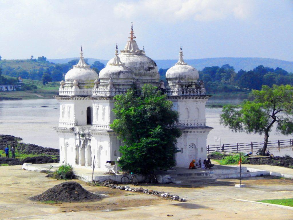 Bholenath Temple, Sahatradhara