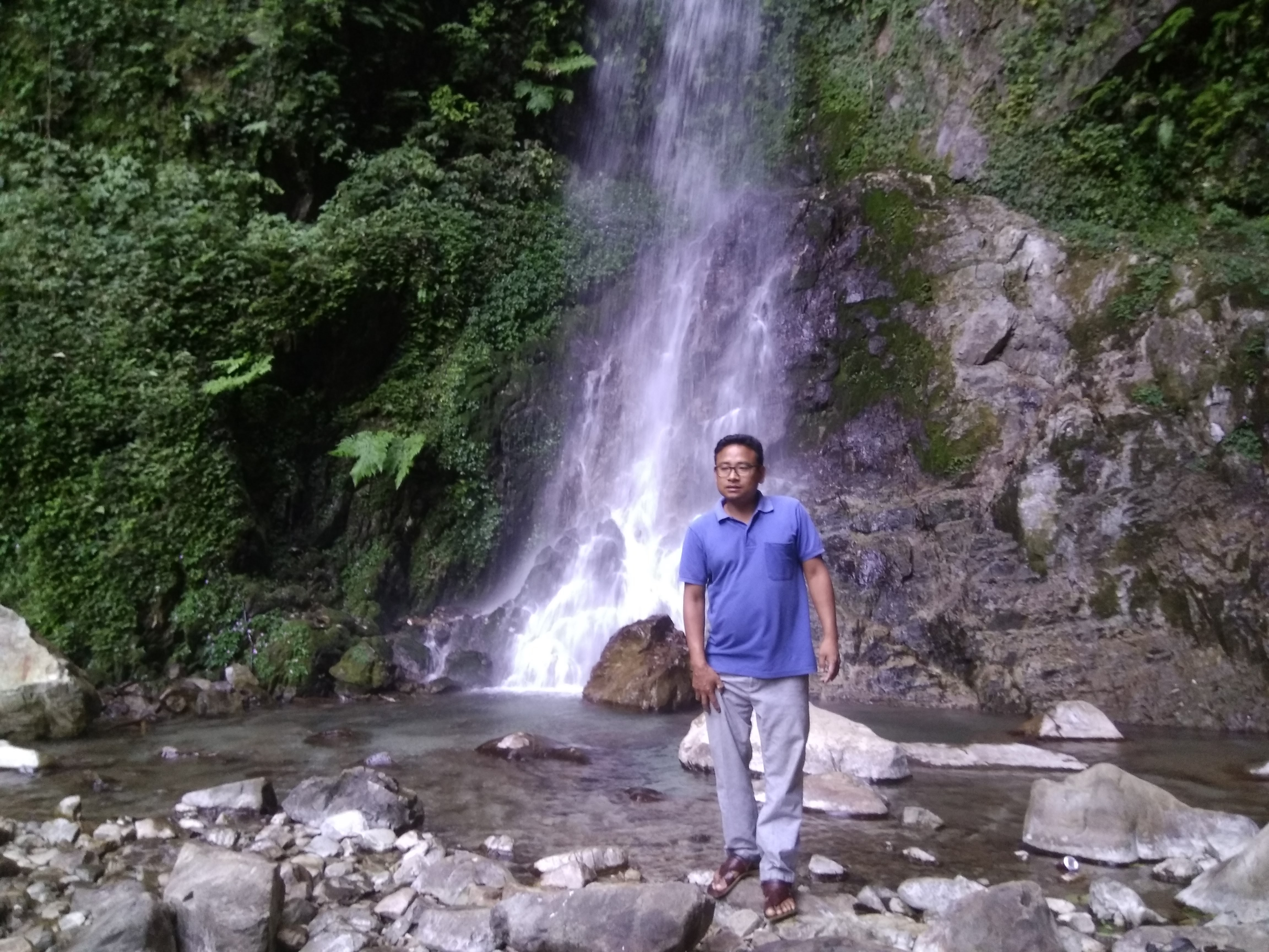 Sirki Waterfall at Pasighat