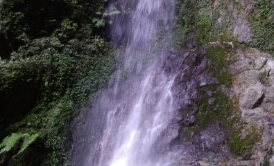 Water flowing down the SirKi Waterfall