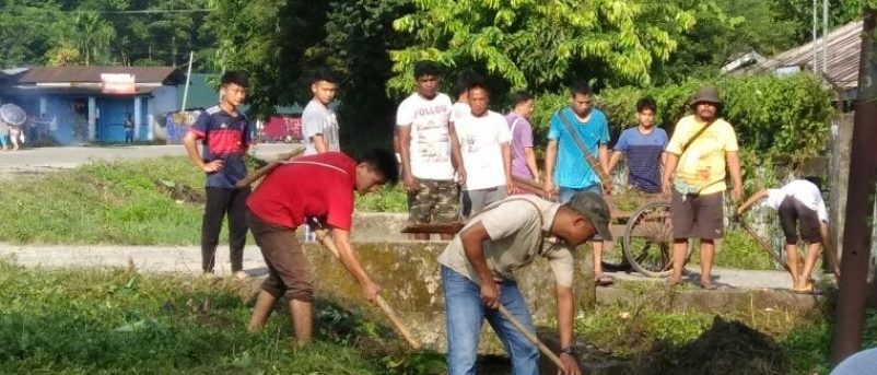 Hon'ble MLA Sri K Moyong participated in Cleanliness Drive at Mriku Dapi village