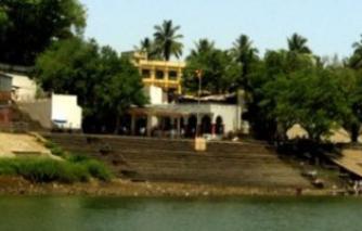 श्री. दत्त मंदिर - औदुंबर