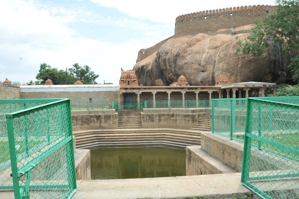Thirumayam - Fort and Pond.
