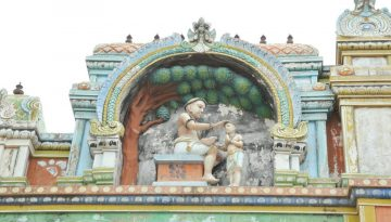 Avudaiyarkovil - Councel Statue.