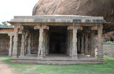 Thirumayam - Fort - Pillar Hall.