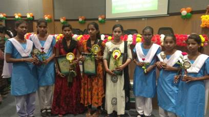 Awardee Girls of Nirbhaya Kadhi Programme