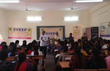 Demo of EVM and VVPAT in KamlaCollege and awareness programe for young voters