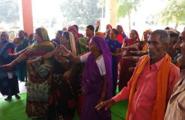 Pledge by male & females at Gram Panchayat Chhipa, Dhara