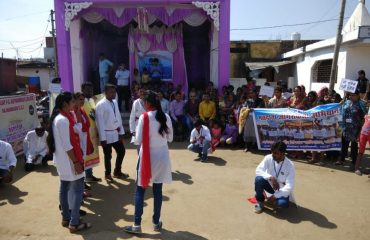 Street show by MSW students for SVEEPprogram