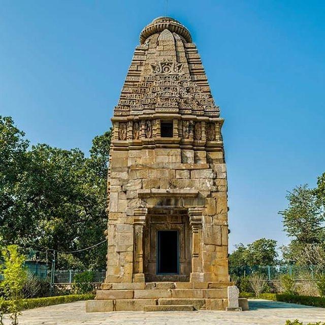 मामा भांजा मंदिर बारसुर