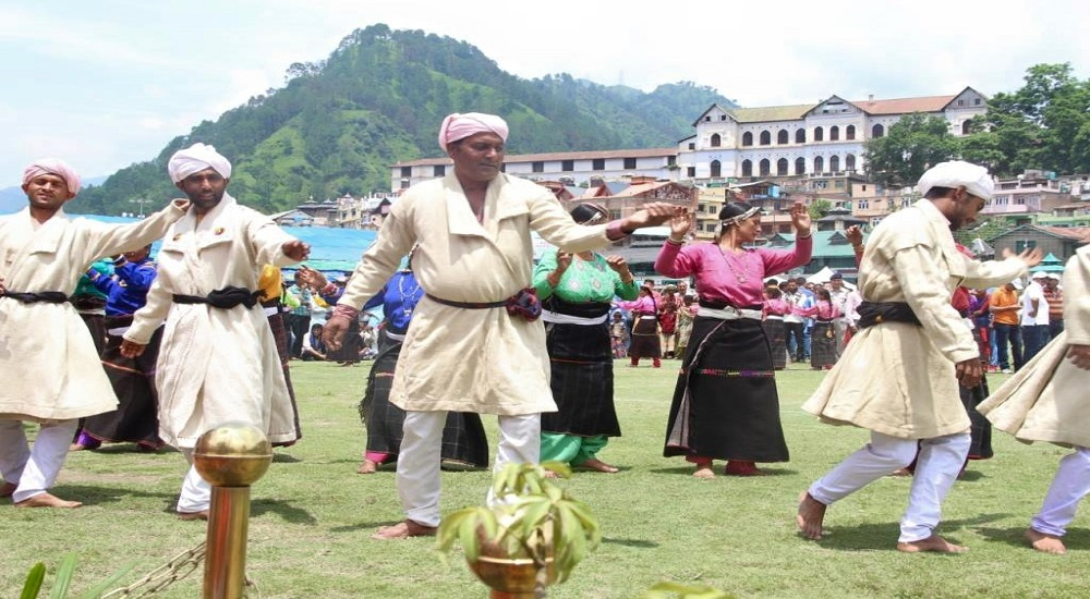 folk dance in chamba chowgan