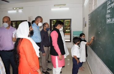 Alt Visit to JB School Center at Androth