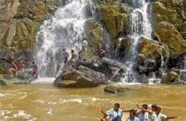 Hogenakkal - Falls view point