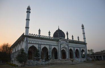 Front View of Mosque at Diyaganj