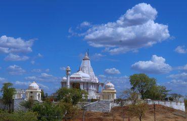 Shri Shantinath Ji Temple Oon