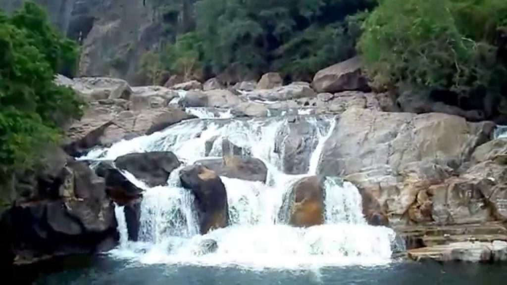 Water Falls in Manimuthar