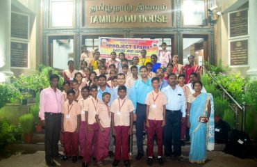 NCLP Tirunelveli STC Children having group photo in front of Tamilnadu House, new delhi along with IAS officers training