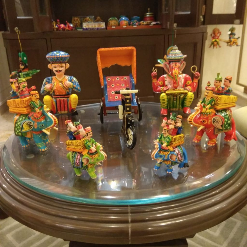Wooden Lacquerware & Toys