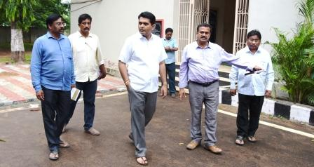 On 26-08-2018 District Collector inspected R&B guest house renovation works.