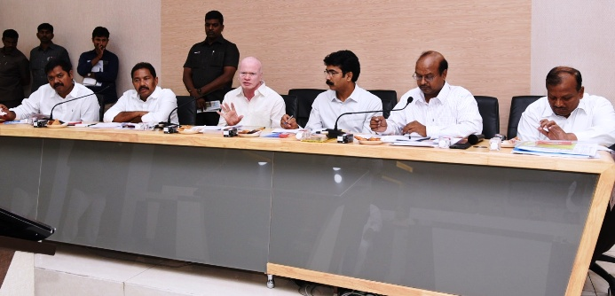 Honorable Deputy Cheif Minister Sri P.Subhash Chandrabose, Honorable Minister Sri P.Viswarup and District Collector conducted Bankers Meeting, Kakinada on 21.06.2019.