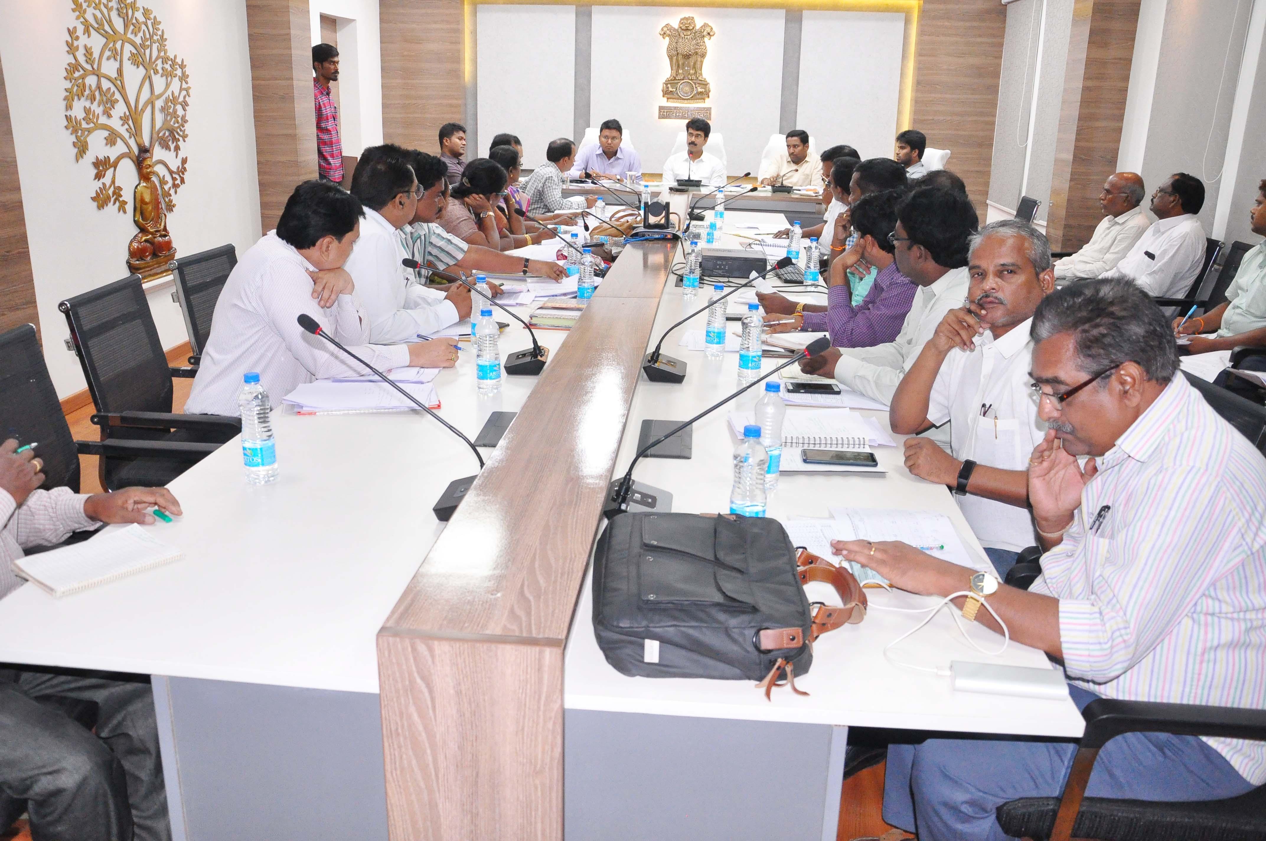 Polavaram submerged villages shifting to R&R Centers