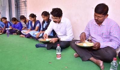 On 21.01.2020 District Collector visited Zilla Parishad School, Indrapalem and participated in Midday Meal Program.