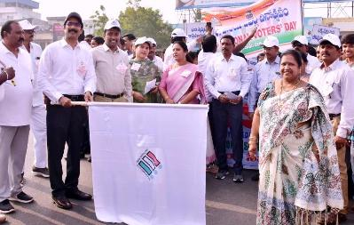 On 24.01.2020 District Collector and Joint Collector flagged off rally on National Voter Day.