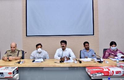 On 11.04.2020 Special Officer, Covid-19 and District Collector conducted pressmeet at Prajavani Hall Collectorate, Kakinada.