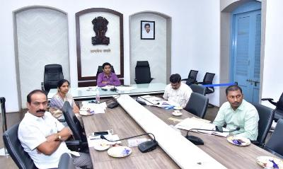 On 03.06.2020 Honourable Deputy Chief Minister, Chief Commissionser Land Administration and Revenue Prinicipal Secretary conducted Video conference on Review of Revenue subjects with Joint Collectors(R) from Velagapudi. Joint collector, DRO and other Revenue officers participated from collectorate Kakinada.
