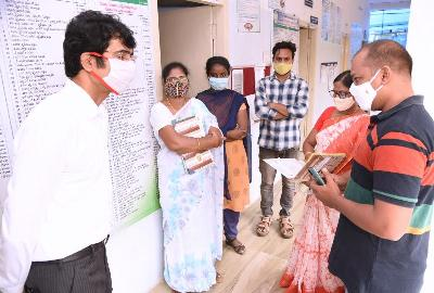 On 02-11-2020 District Collector inspected 39 A-B, 40A-B and 41A-B Gram Sachivalayam of Gandhi Nagar and interacted with Sachivalayam functionaries & Volunteers on implementation of various welfare schemes.